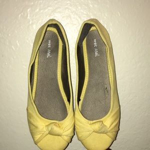 Woman's flats shoes